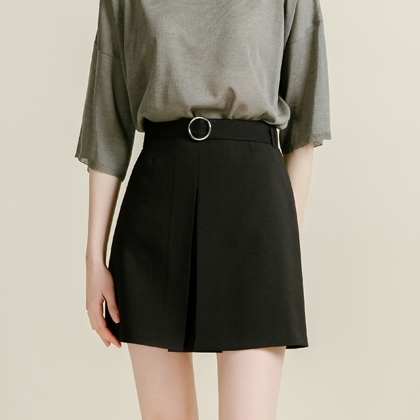 BAUHAUSBelted Pleated Front Mini Skirt