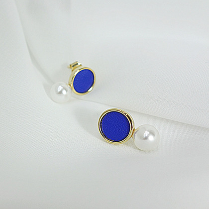 Blue Circle With Faux Pearl Accent Earrings
