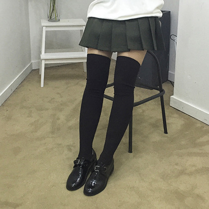 Twist Pattern Thigh-High Socks