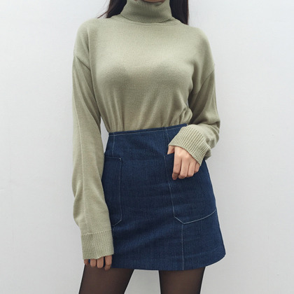 Basic Extended Sleeve Turtleneck Sweater