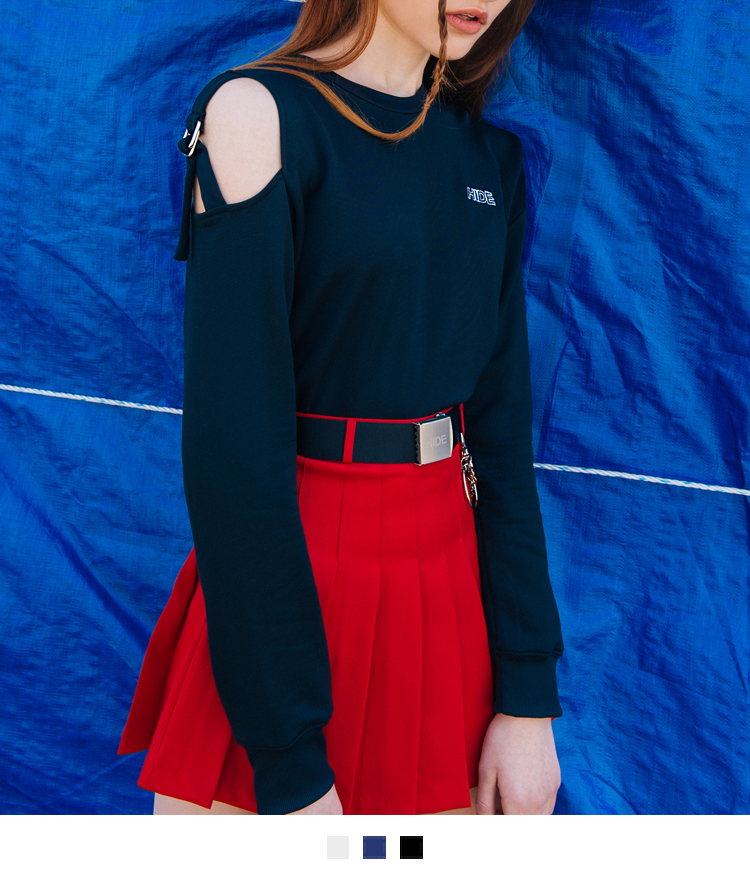 Strap Shoulder Detail Cropped Top
