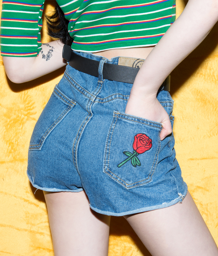 Embroidered Rose Denim Shorts With Belt