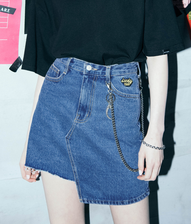LONELY CLUBLogo Detail Asymmetrical Denim Skirt
